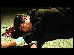 Il cadavere di Antonio sul selciato